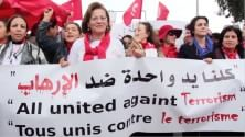 Giornalisti, blogger    e disegnatori   Video   dal Brasile all'Algeria uniti per scrivere  la carta dei media liberi   di SARA CRETA