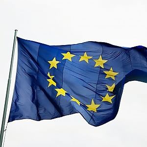 Antitrust Ue aprirà un'indagine sugli ostacoli all'e-commerce