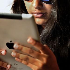 Internet, sono 15 milioni gli italiani che comprano online