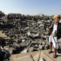 """Arabia Saudita attacca lo Yemen. Leader Houthi: """"Sarà guerra"""".  E l'Iran si schiera con..."""