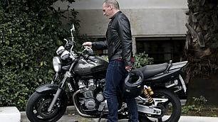 Varoufakis, ministro in moto dopo la riunione con Tsipras