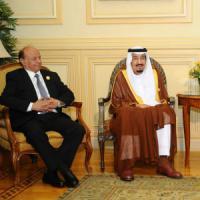 """Yemen, Lega araba: """"Intervento militare continuerà"""". Fonti: potrebbe durare """"sei mesi"""""""