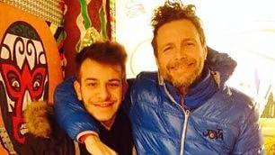 Jovanotti, nuovo chitarrista 19 anni, scoperto in un pub