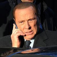 """Berlusconi: """"Riprenderemo Milano e l'Italia"""". Ma in Forza Italia esplodono nuove liti"""
