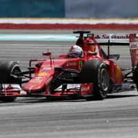 F1, Vettel domina il Gp di Malesia: la gioia sul podio