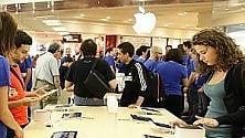 """Apple """"rottama"""" Android e BlackBerry anche nei suoi store italiani"""