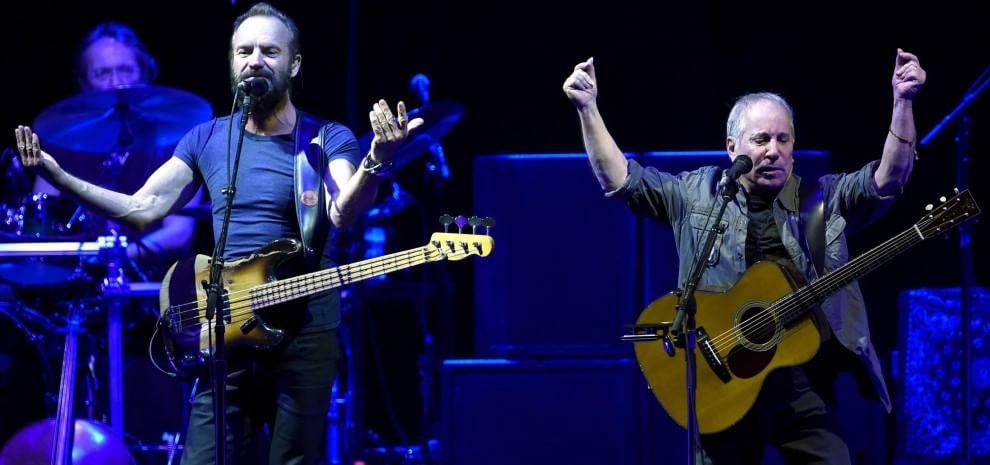 Paul Simon e Sting, i gentlemen del rock offrono una lezione di stile