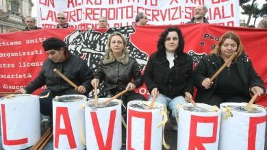 """Disoccupazione sale al 12,7% a febbraio   Rep Tv    Landini: """"Situazione disastrosa"""""""