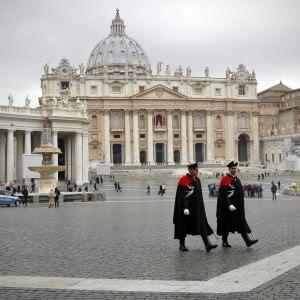 Fisco, arriva l'accordo tra Italia e Vaticano: tassate le rendite dal 2014