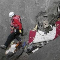 """Disastro Germanwings, spunta video degli ultimi istanti del volo. Procuratore: """"Agli atti..."""