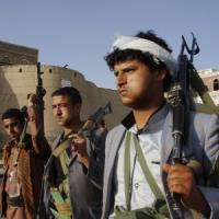 Yemen, ribelli Houthi avanzano nel centro di Aden
