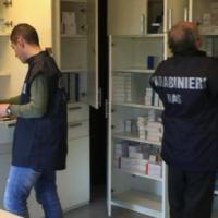 Traffico internazionale di medicinali rubati: 19 arresti, danno da 30 milioni per...