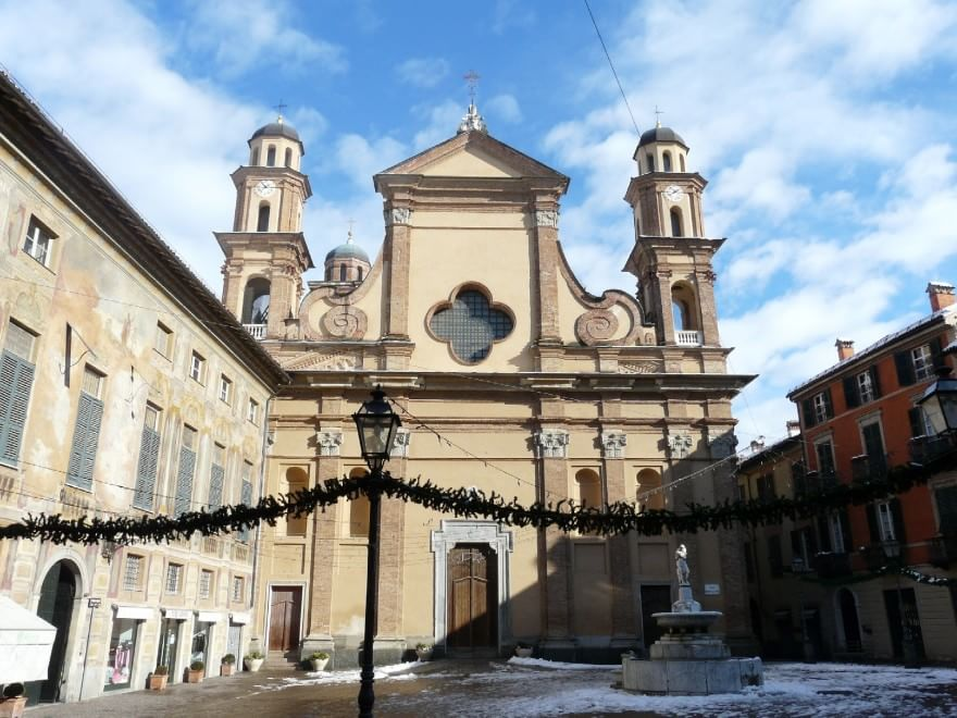 Il nome inganna: non solo Novi Ligure, le città italiane che ...