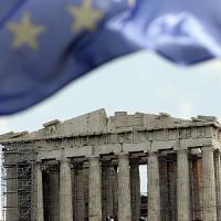 Atene corre verso la bancarotta, ma la colpa è della troika