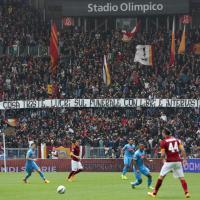 Roma-Napoli, in curva sud striscioni contro la mamma di Ciro Esposito