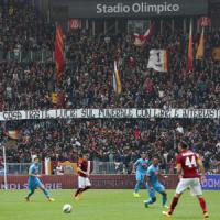 """Striscione Ciro, Tavecchio: """"Non capisco come sia potuto accadere"""". La Roma: """"Rispetto per il dolore, anche da parte dei tifosi"""""""