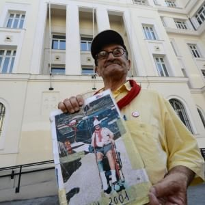 """G8 Genova, Cestaro: """"Ho visto l'orrore dello Stato"""""""