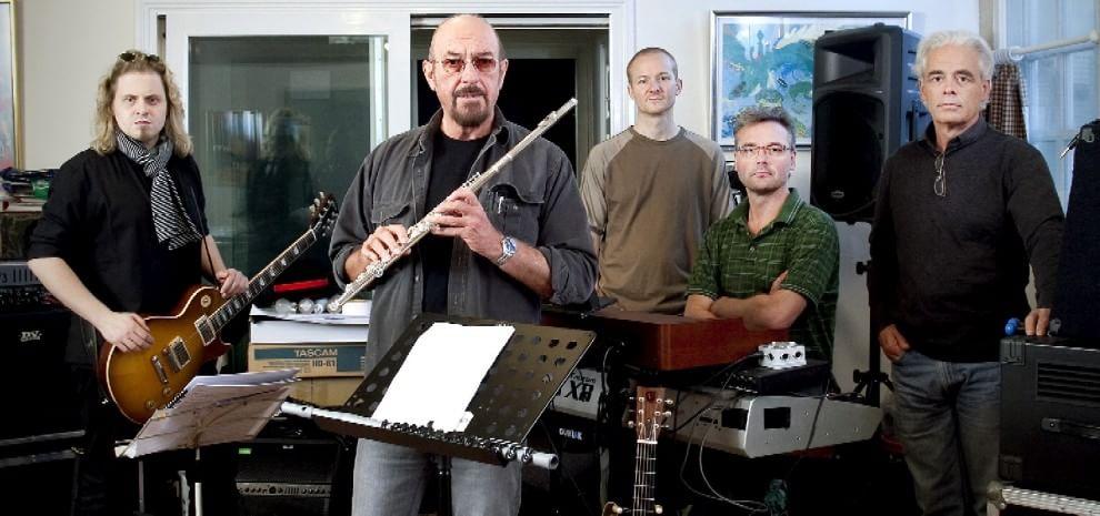 Ian Anderson, di nuovo in tour coi Jethro Tull. E i Litfiba rifanno la tetralogia degli elementi