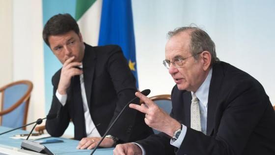 """Il governo approva il Def. Renzi: """"Bonus da 1,6 miliardi da spendere, decideremo dove"""""""