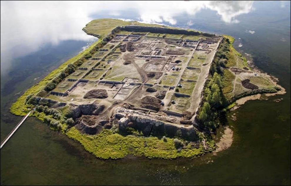 Siberia, il mistero della fortezza di Por-Bajin