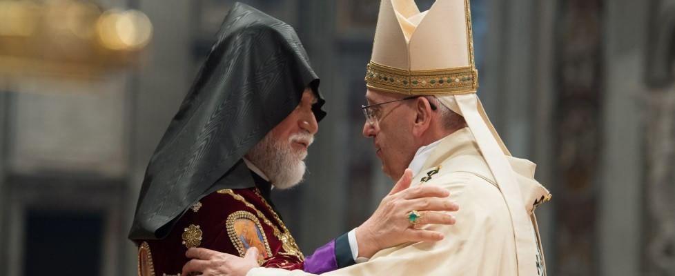"""Turchia: """"Parole del Papa inaccettabili"""". Gentiloni: """"Toni di Ankara ingiustificati"""""""