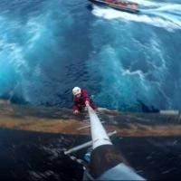 Accampati con Greenpeace sulla piattaforma petrolifera