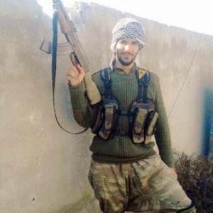 """Karim Franceschi: """"Io, l'italiano di Kobane. Così ho combattuto l'Is nel nome di mio padre che sconfisse i fascisti"""""""