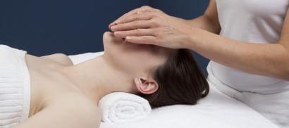 Chirurgia, la via dell'ipnosi contro il dolore dalla sala parto alla sedia del dentista