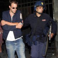 G8, Diaz: Fabio Tortosa in azione