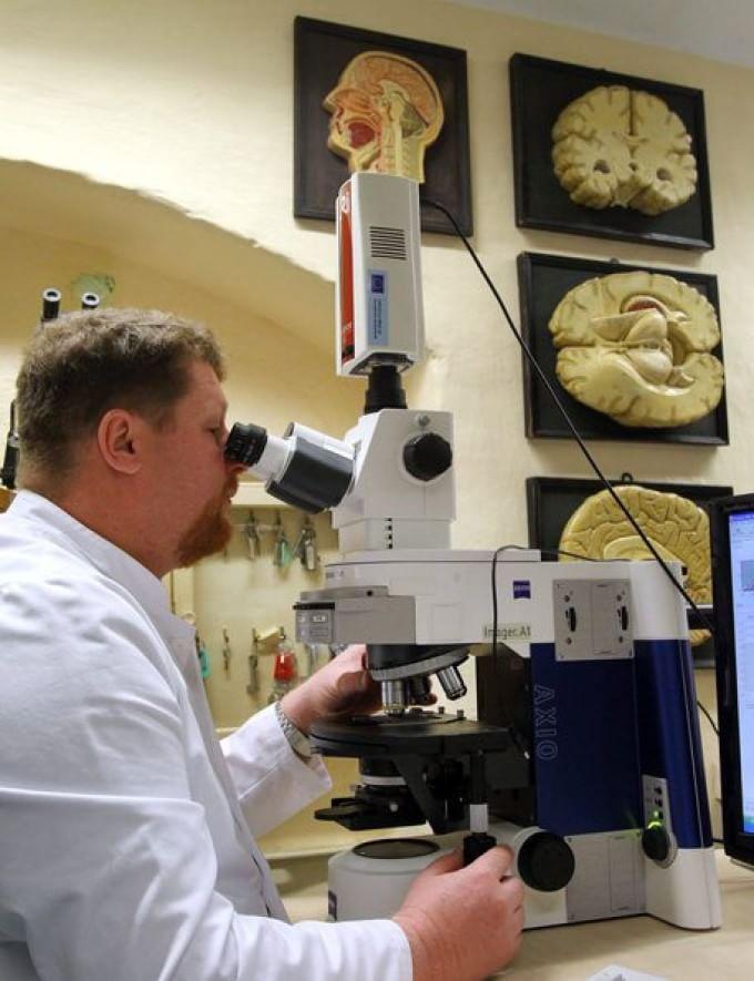 Alzheimer, trovata causa della malattia. Speranze per una nuova cura