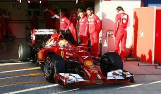 """F1, Wolff avverte la Mercedes: """"Ferrari minaccia costante"""""""