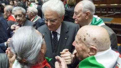 """Liberazione, celebrazioni alla Camera Boldrini ai partigiani: qui è casa vostra     Video  E in aula si canta """"Bella ciao"""""""