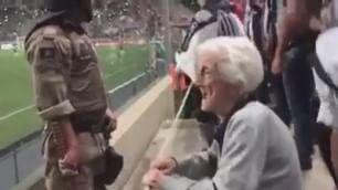 Il tifo non ha età, a 94 anni in curva per l'Atletico Mineiro