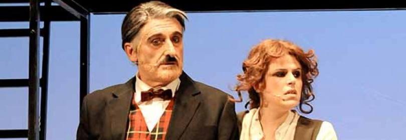 """""""Il Grande Dittatore"""" di Chaplin è a teatro per la prima volta. Il Fuhrer è Massimo Venturiello -   foto   -   video"""