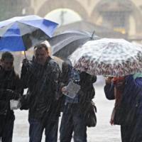 Nel week-end torna il maltempo, pioggia e freddo al Centro-nord