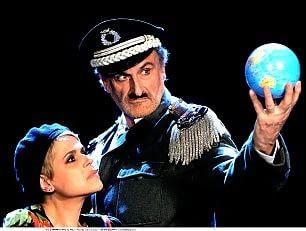 """""""Il Grande Dittatore""""  la prima volta a teatro"""