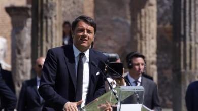 "Renzi a Pompei: ""Cultura è anima Paese"" Promesse ai lavoratori Indesit   video   -   ft"