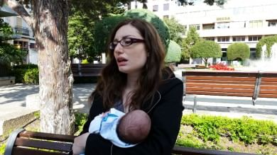 Scarcerato il padre fuggito con il figlio   Video  La madre con il neonato    foto