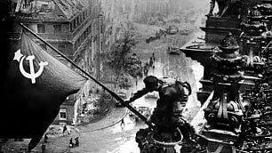 """La Seconda Guerra Mondiale  Le macerie da cui nacque l'Europa   Vd  Zucconi: """"Io figlio del conflitto"""""""