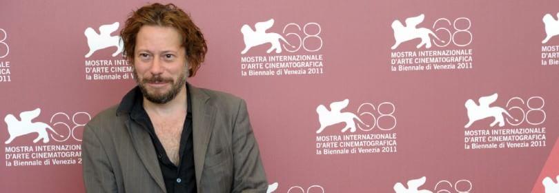 """I mille volti di Mathieu Amalric: """"Per fare film non serve essere intelligenti"""" -  Video  -  Foto"""