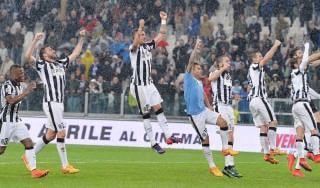 Juventus-Lazio 2-0: Tevez e Bonucci gol, scudetto a un passo