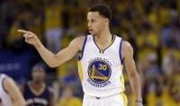 Curry lascia subito il segno Bene Chicago e Houston