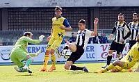 Pellissier trascina il Chievo Ma Cesar 'salva' l'Udinese   foto