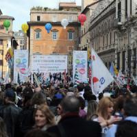 """Renzi: """"La scuola è delle famiglie, non dei sindacati"""""""