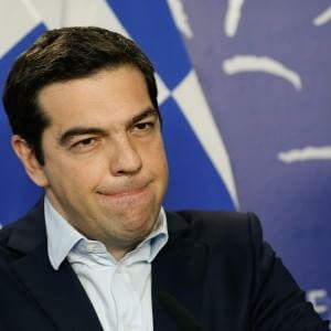 Grecia, Tsipras requisisce la cassa degli enti pubblici