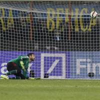 """Diego Lopez e Mexes: """"Europa, crediamoci"""". Ma Pazzini chiude la porta: """"Inutile sperare"""""""
