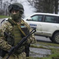 "Arsenij Yatsenjuk: ""L'Ucraina è al disastro. Putin arma ancora i ribelli, l'Occidente deve..."