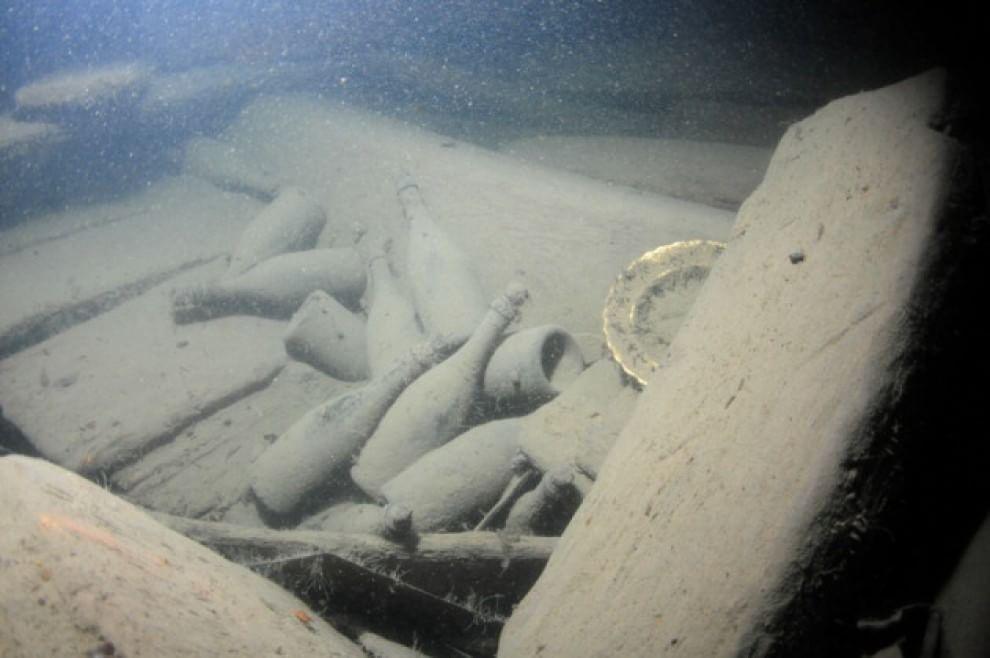 Nel Mar Baltico lo champagne più vecchio del mondo
