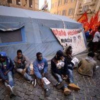 """Naufragio migranti, Obama: """"Instabilità in Libia sta creando caos"""". Onu, Ban chiama Renzi"""