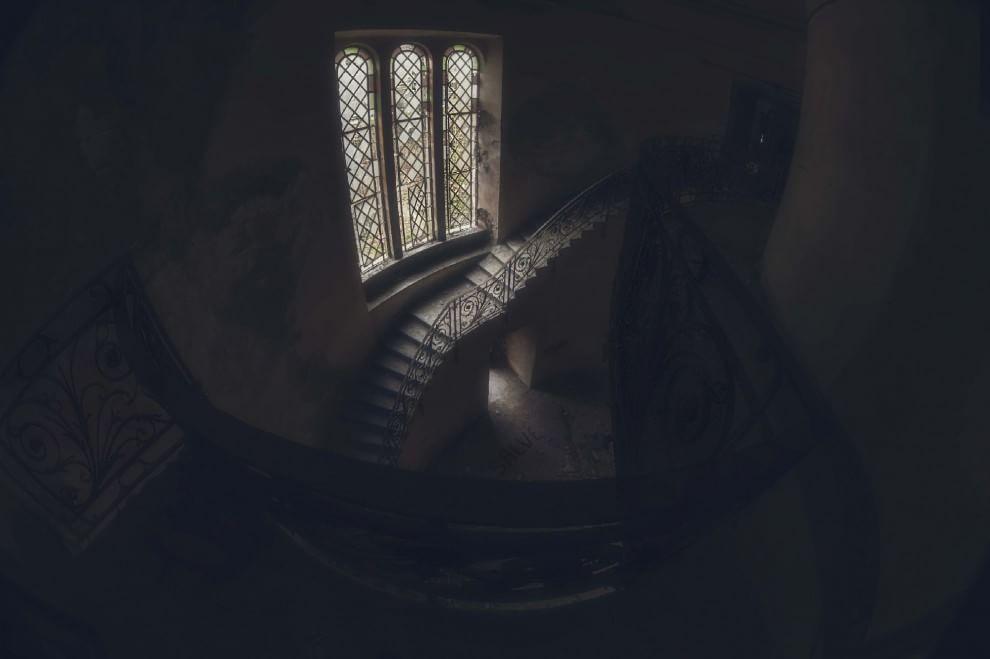 Dai castelli ai manicomi la magia del nulla nei luoghi for Luoghi abbandonati nord italia